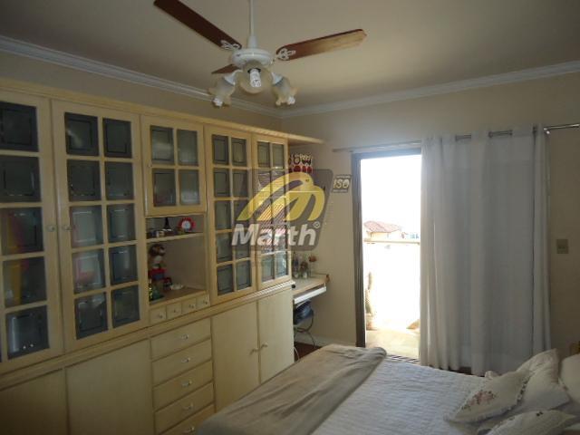 excelente localização, apto com 144 m2 de ára útil, 3 dormitórios sendo 1 suite (todos com...