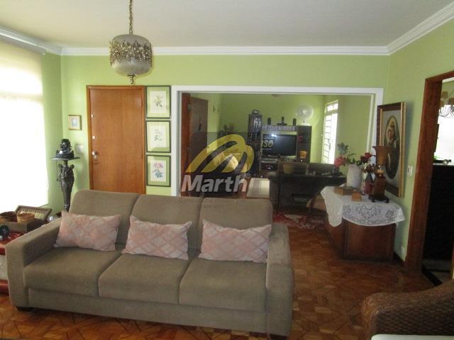 Selecione residencial à venda, Centro, Piracicaba.