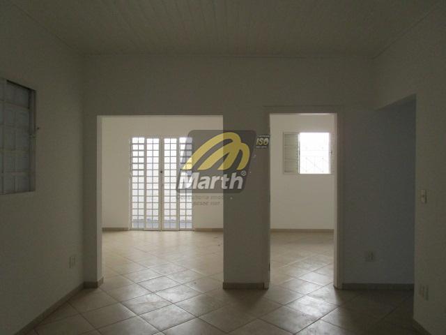 excelente localização, garagem com 02 vagas, 02 salas, cozinha, 02 dormitórios sendo 01 suite, área de...