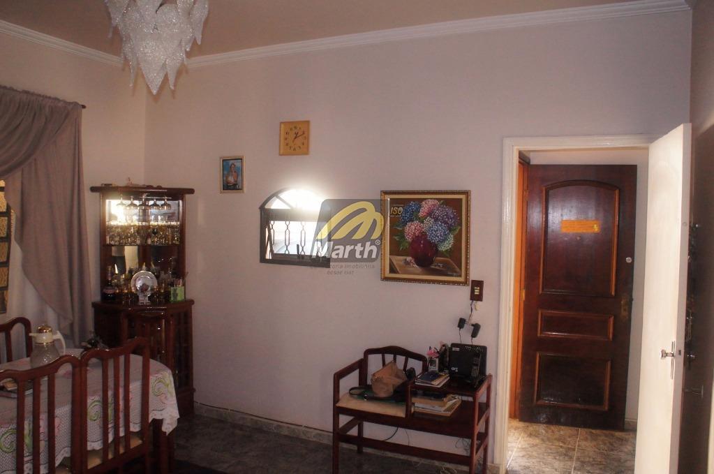 casa com 3 dormitórios, sendo 1 suíte, sala de estar, sala de jantar, banheiro social, cozinha...