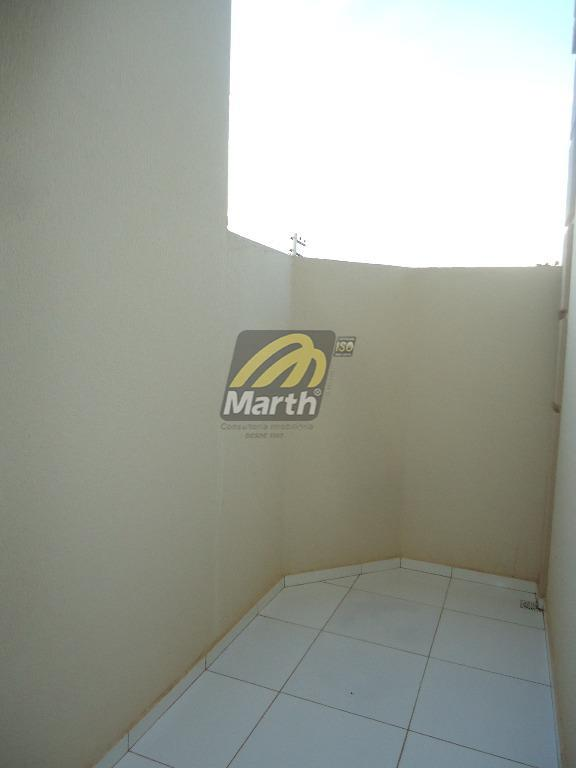 apto novo, sala para 02 ambientes com área externa, cozinha com gabinete, 02 dormitórios, 01 vaga.