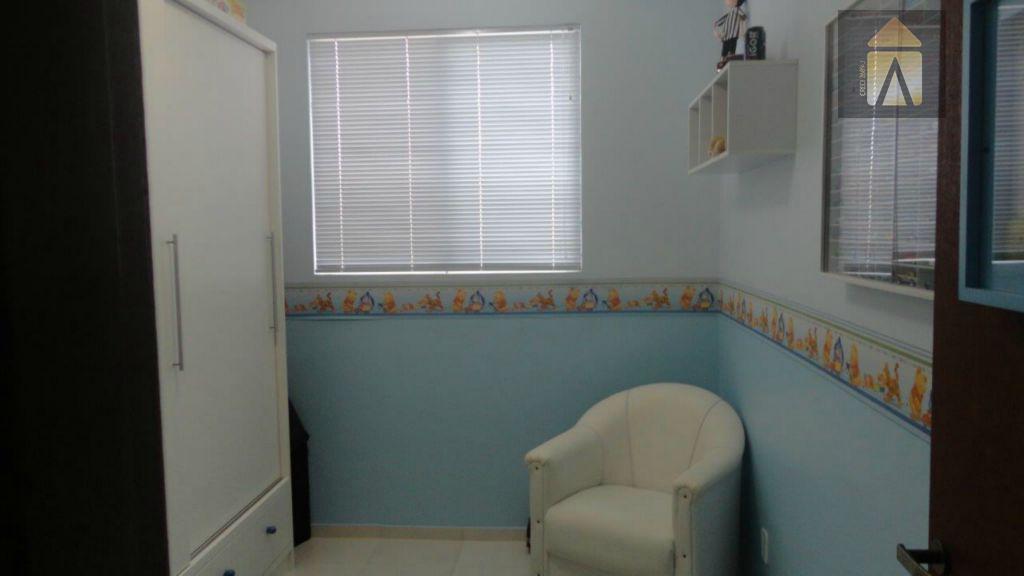 Apartamento residencial à venda, Espinheiros, Itajaí - AP0019.