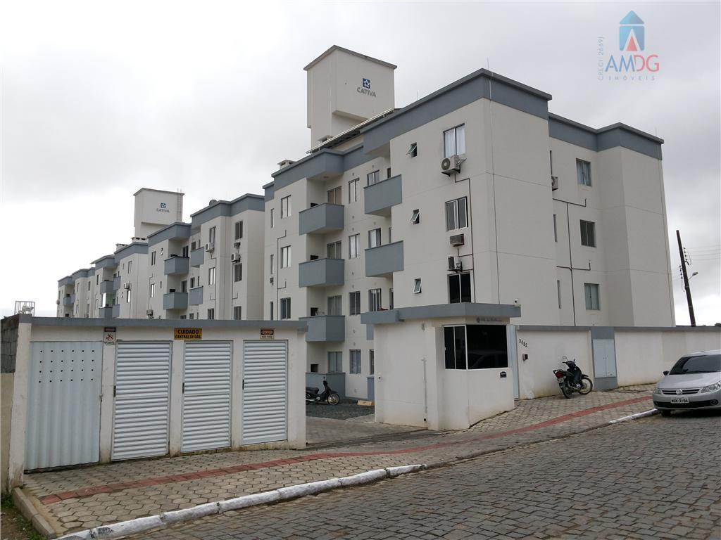 Apartamento residencial à venda, Espinheiros, Itajaí - AP0083.