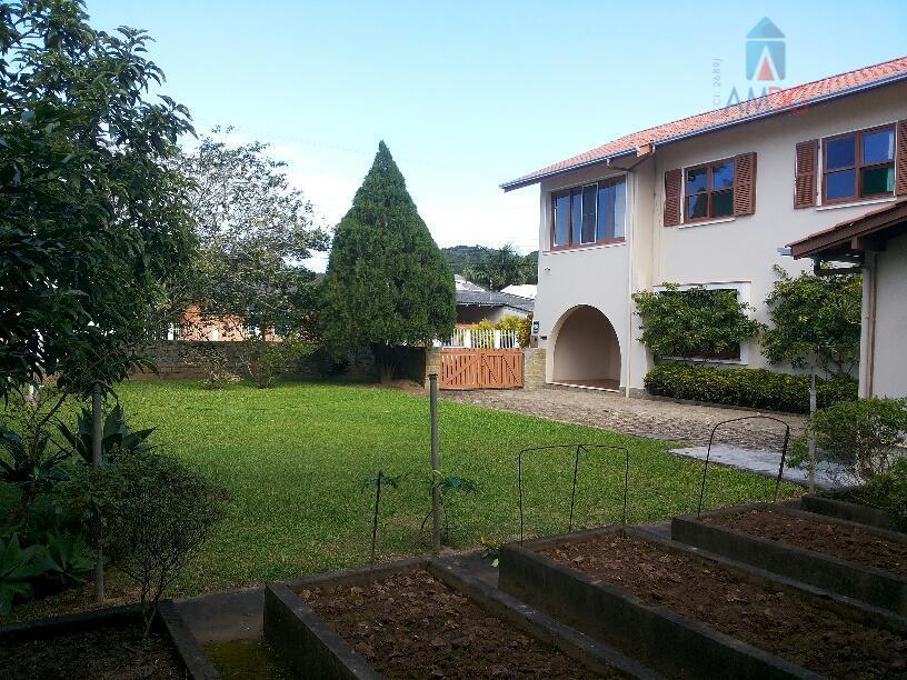 Casa residencial à venda, Cabeçudas, Itajaí - CA0076.