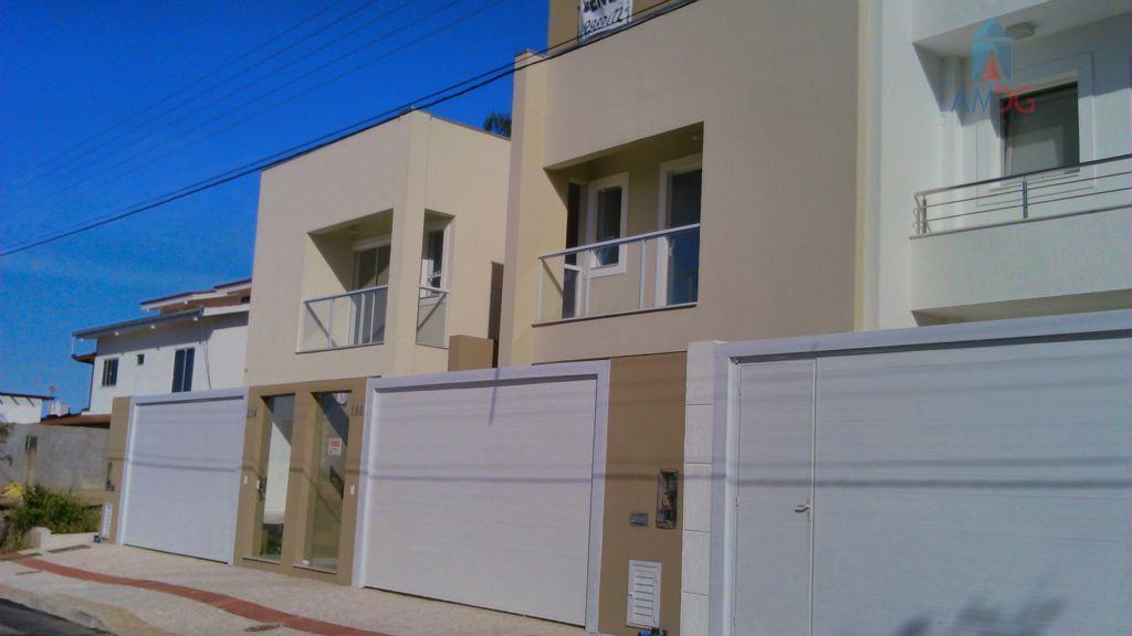Sobrado residencial à venda, Praia dos Amores, Balneário Camboriú - SO0027.