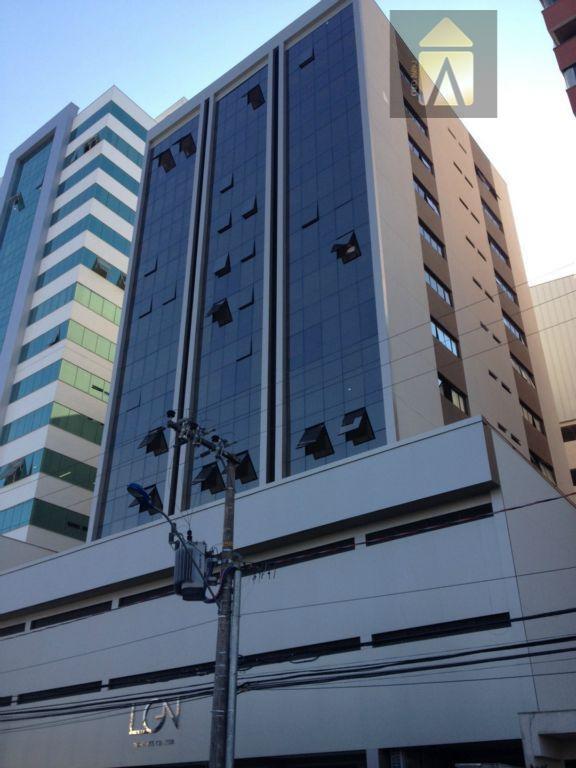 Sala comercial à venda, Centro, Itajaí - SA0018.
