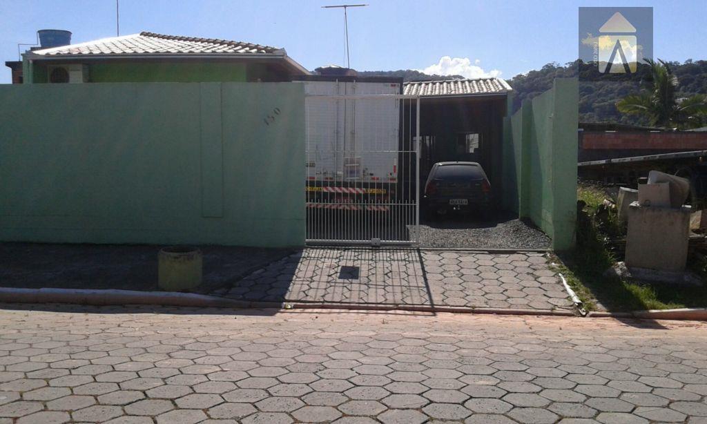 terreno murado  com 200,00 m² no espinheiros - itajaí
