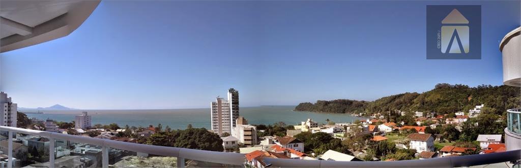 Apartamento residencial à venda, Cabeçudas, Itajaí - AP0024.