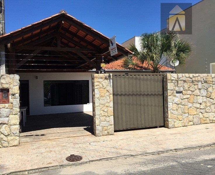 Casa residencial à venda, Municipios, Balneário Camboriú - CA0196.