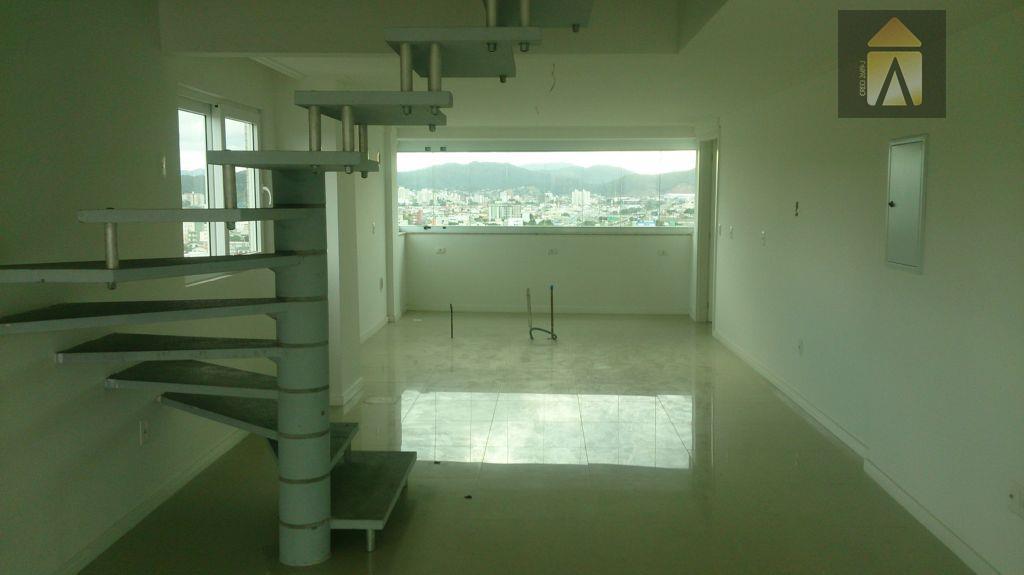 Apartamento Duplex residencial à venda, Centro, Balneário Camboriú - AD0005.