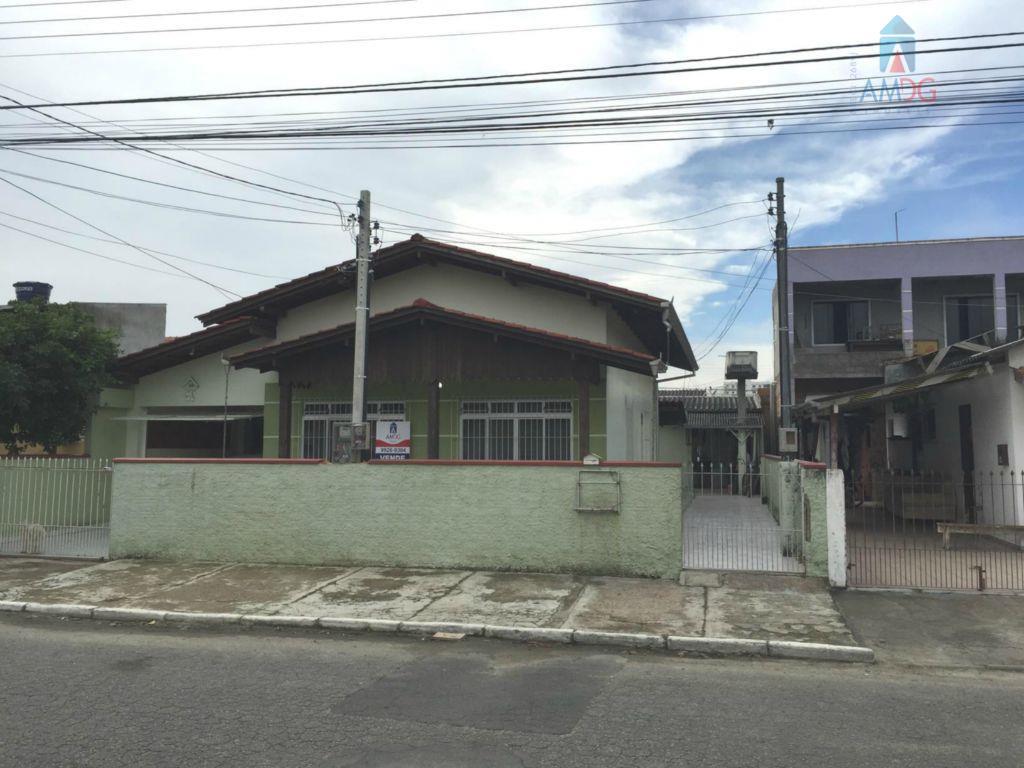 Casa residencial à venda, São Vicente, Itajaí - CA0233.