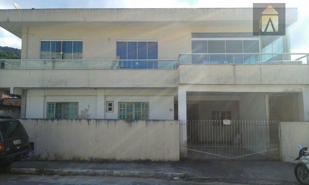 Sobrado residencial à venda, Nações, Balneário Camboriú - SO0066.
