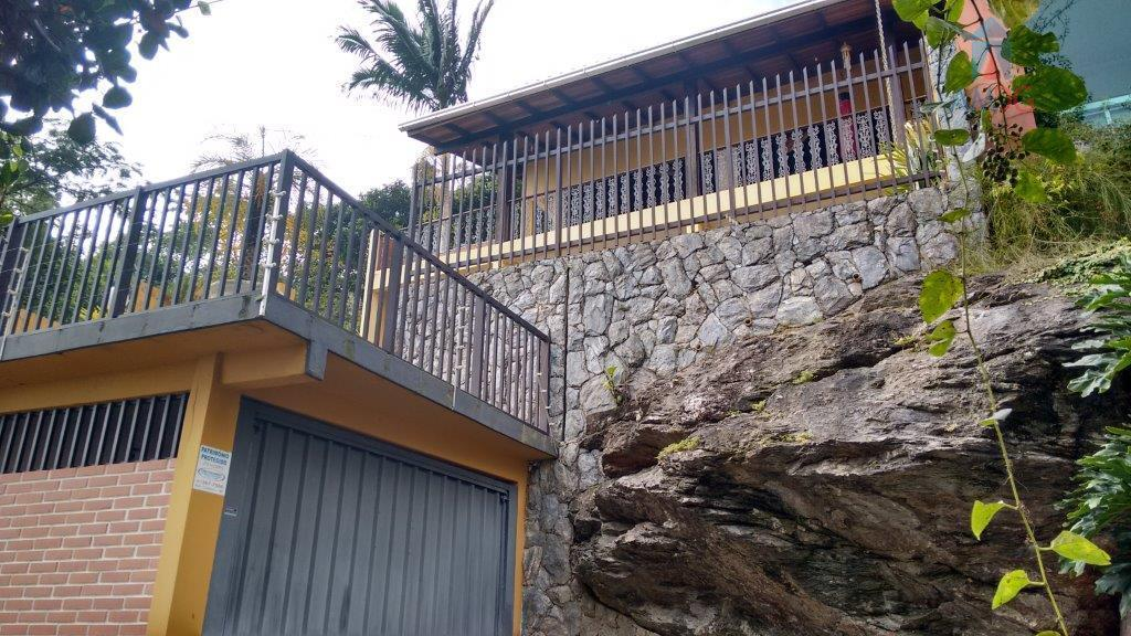 Casa residencial à venda, Fazenda, Itajaí - CA0241.