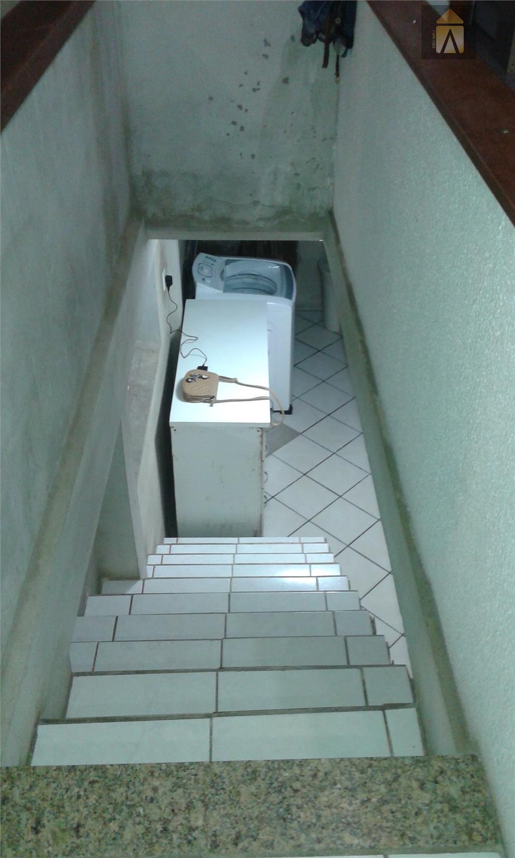 01 suíte, 02 dormitórios, sala,banheiro,copa,cozinha,área de serviço,garagem.terreno com 360,00 m²  - 12x30área construída 100,00 m²