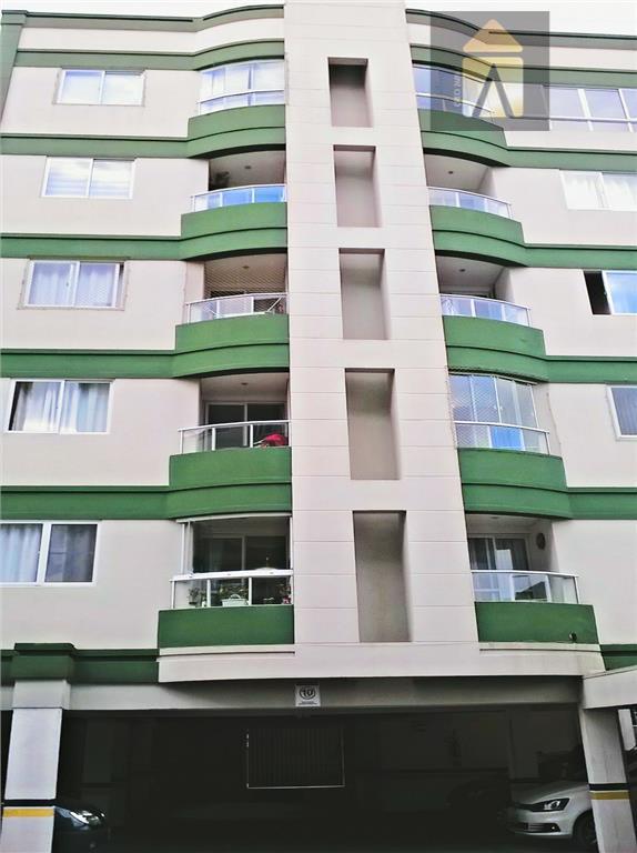Apartamento residencial à venda, São Vicente, Itajaí - AP0650.