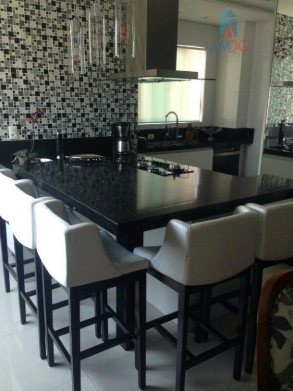 Apartamento residencial à venda, Centro, Balneário Camboriú - AP0755.
