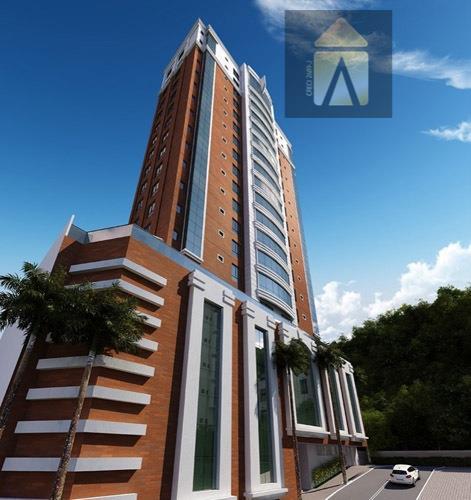 Apartamento residencial à venda, Pioneiros, Balneário Camboriú - AP0796.