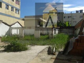 Sobrado residencial à venda, Centro, Itajaí - SO0108.