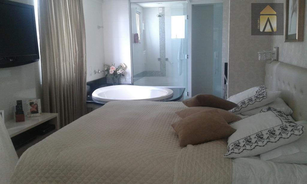 01 suíte master, 03 dormitórios,home office, lavabo,sala,copa,cozinha, dependência de empregada com banheiro, área de serviço, garagem...