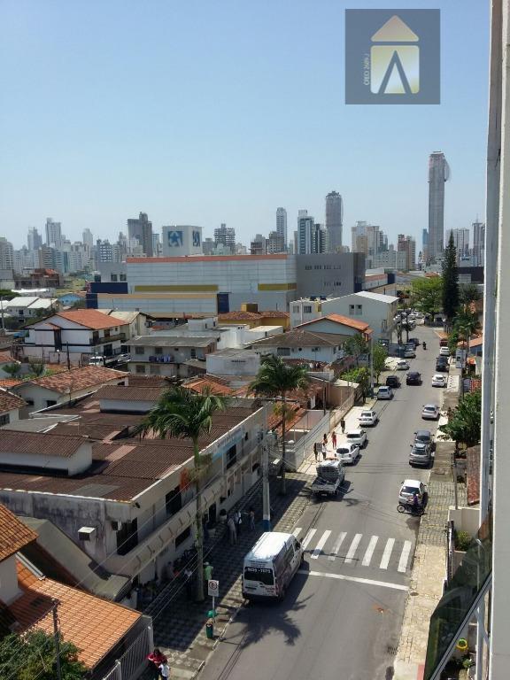 Apartamento residencial à venda, Centro, Balneário Camboriú - AP1061.