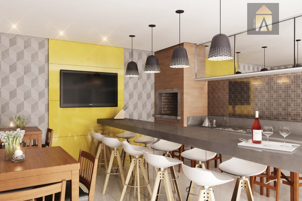02 apartamentos por andar, piso porcelanato e laminado nos dormitórios,rodapés e portas laqueadas em branco, infraestrutura...