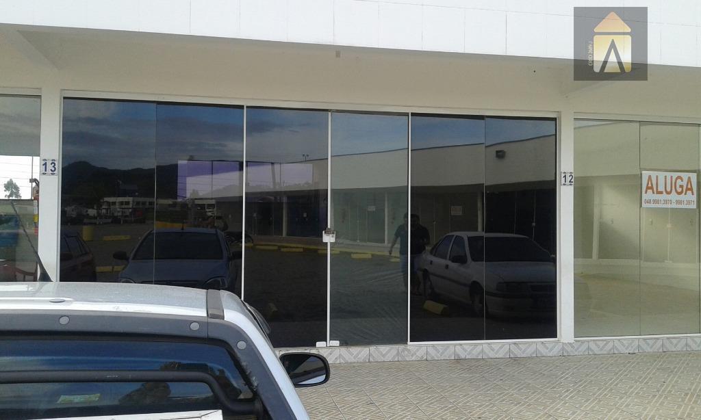 Sala comercial para locação, Quilômetro Doze, Itajaí - SA0117.