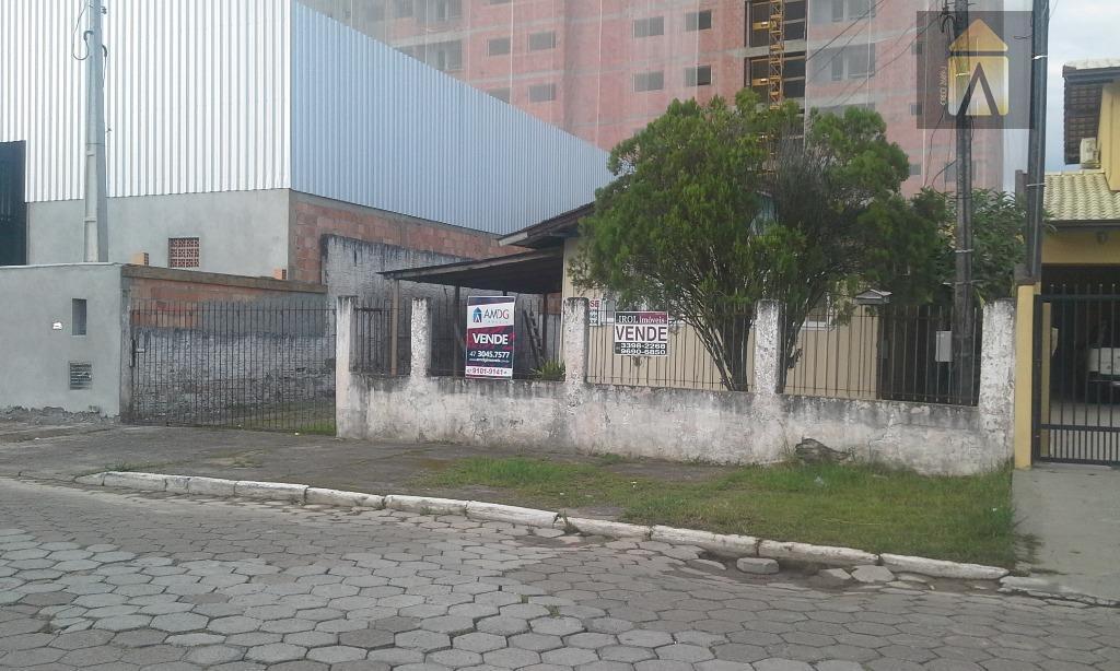 Casa residencial à venda, São Vicente, Itajaí - CA0387.