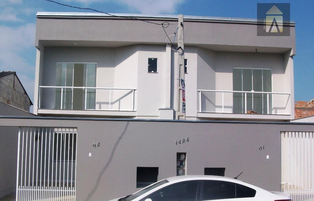 Lindo Sobrado novo com 2 suítes e 2 vagas de garagem localizado no Bairro São Vicente.