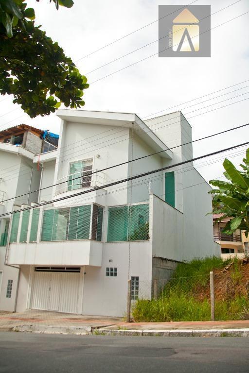 Sobrado residencial à venda, Ariribá, Balneário Camboriú.
