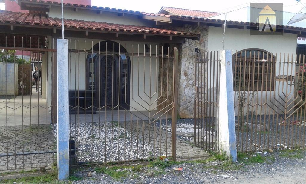 Casa residencial para venda e locação, São Vicente, Itajaí.