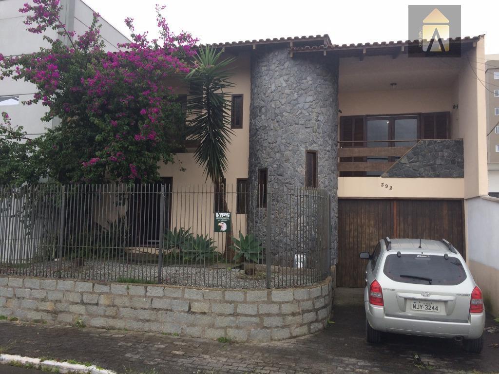 excelente casa no bairro são judas próximo da rua heitor liberato, terreno com frente para duas...