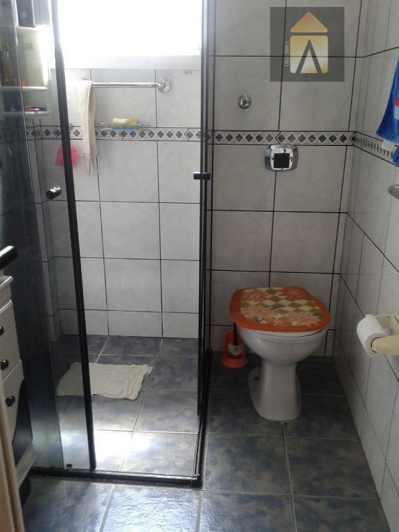 02 dormitórios, sala,copa,cozinha, banheiro,área de serviço, estacionamento para 01 carro. cozinha fica móveis planejados.compre este apto...