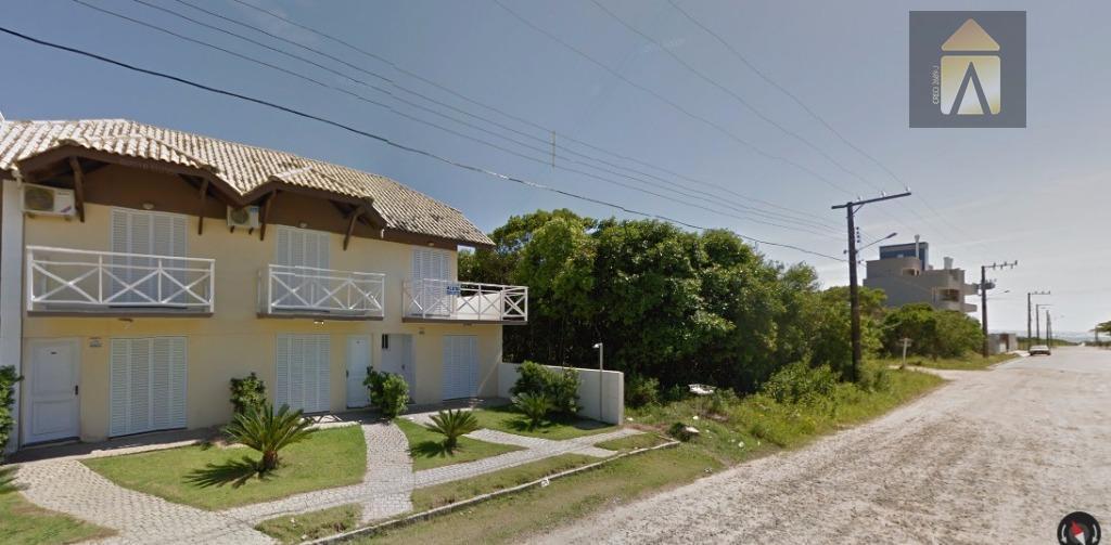 Sobrado residencial à venda, Canto Grande, Bombinhas.