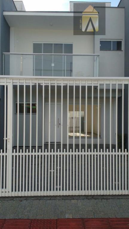 Sobrado residencial à venda, São João, Itajaí.