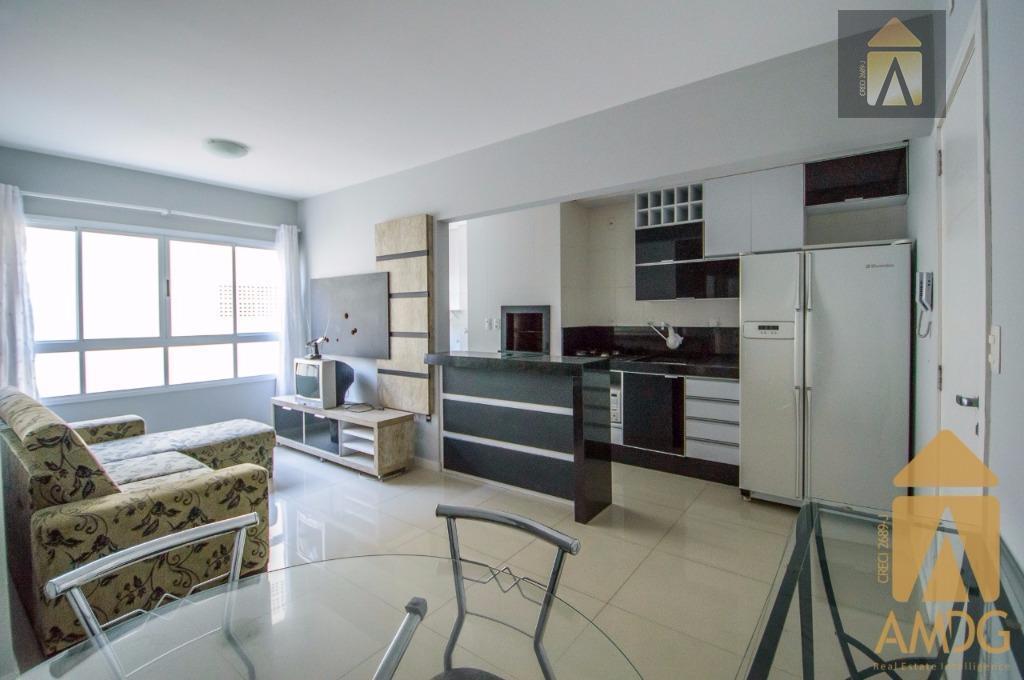 apartamento com 1 suíte mais 1 dormitório, sala, cozinha, banheiro, churrasqueira, imóvel mobiliado. edificio com piscina,...