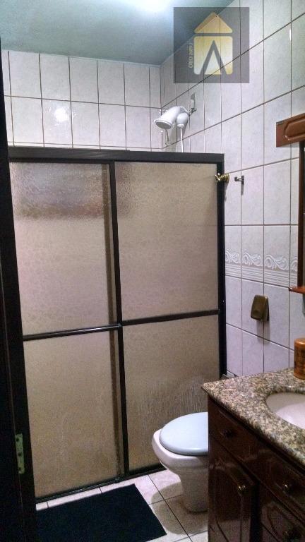 casa de alvenaria, bem localizada no bairro são judas, com 1 sala, cozinha, 3 dormitórios, sendo...
