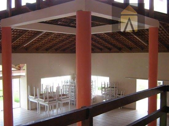 terreno central com edificações construídas próximo ao fórum de balneário piçarras santa catarina e a 600m...
