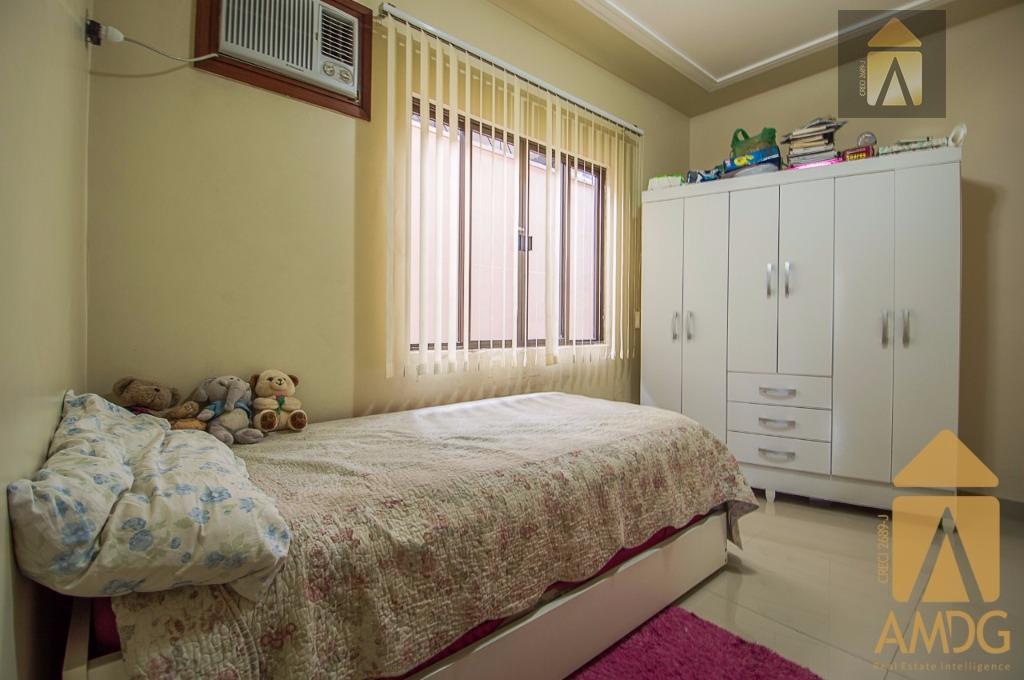 excelente residência averbada no bairro são vicente....só chegar e morar....