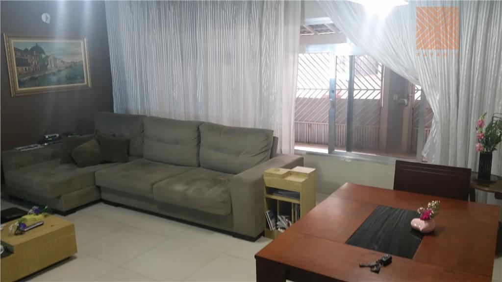 Bela casa térrea à venda, Tatuapé, São Paulo.