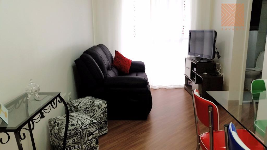 Apartamento mobiliado com sacada à venda, Jardim Matarazzo, São Paulo.