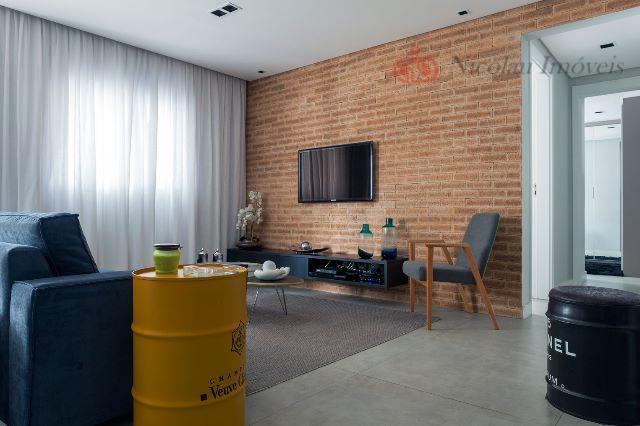 Apartamento de 3 Dormitórios, 1 Suíte e 2 Vagas na Moóca