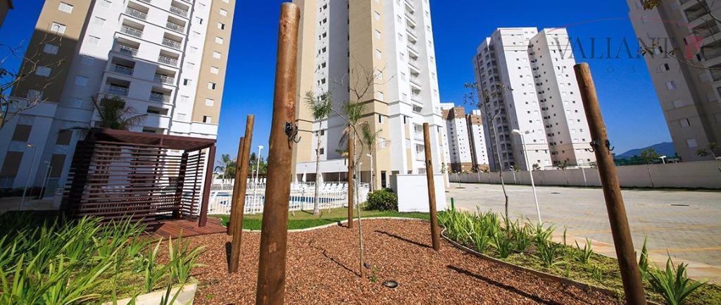 Apartamento em Mogi das Cruzes com 03 Dormitórios (1 suíte) e 80m² de área útil.