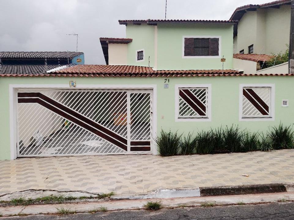 Sobrado residencial para venda e locação, Parque do Colégio, Suzano.