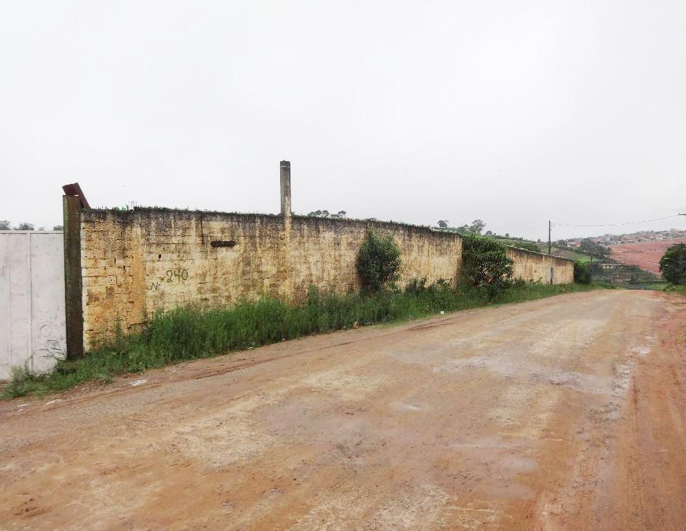Terreno Murado com 2.700 m2 -Chácaras Mea - Suzano