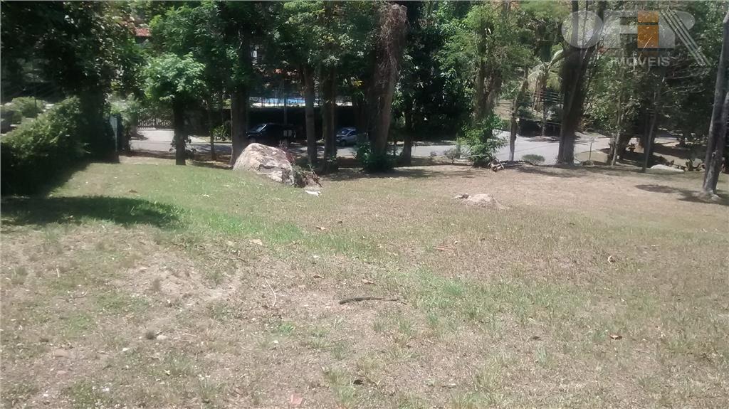 Espetacular terreno de 2400 m² dentro de condomínio em Itaipu!