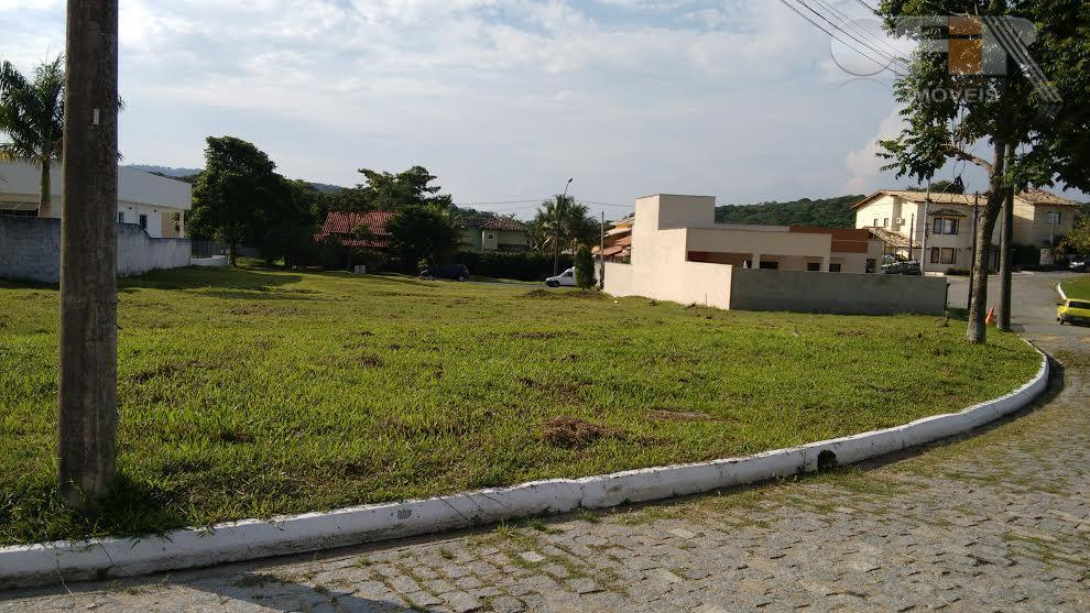 Ótimo terreno plano em condomínio em Várzea das Moças