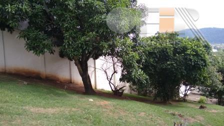 Excelente terreno em suave declive de 360 m² em Camboinhas.