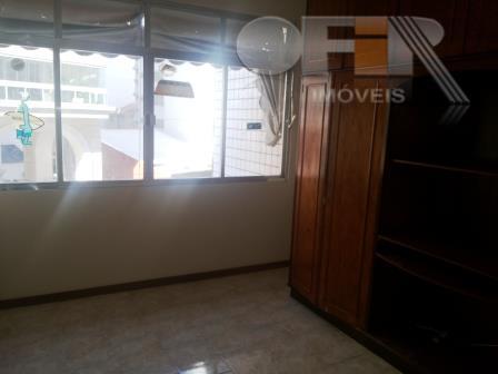 Apartamento com 2 quartos para locação, Icaraí, Niterói.
