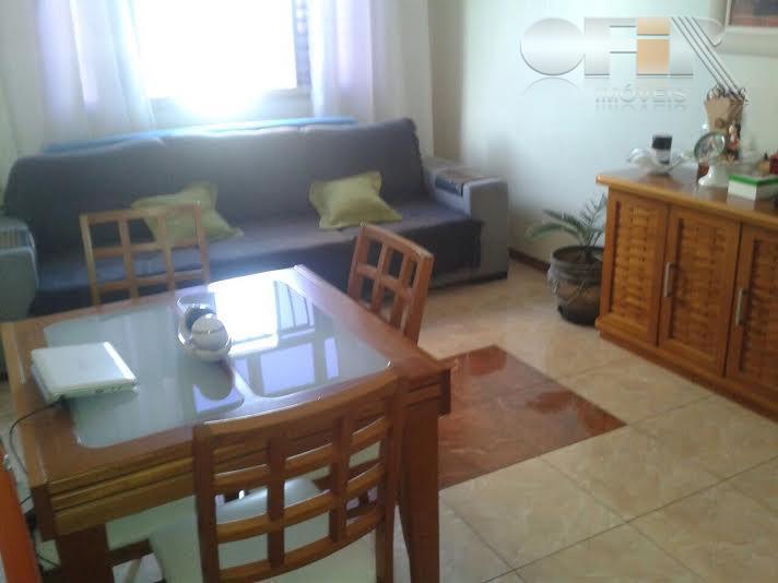 Apartamento de 2 quartos com vaga no miolo de Santa Rosa - Niterói