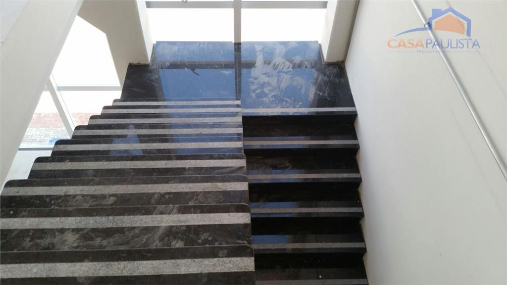 galpão com ótimo acabamento e com:- área fabril de 960m.- escritório com 196m.- pé direito com...